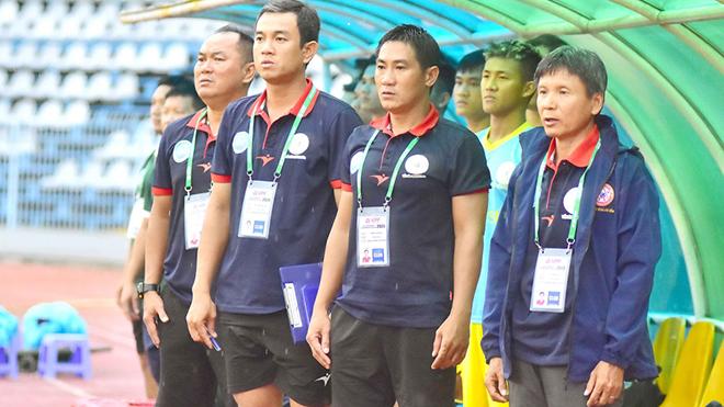 CLB của HLV Võ Đình Tân đang là đội bóng sáng giá cho vé lên hạng duy nhất năm nay. Ảnh: VPF