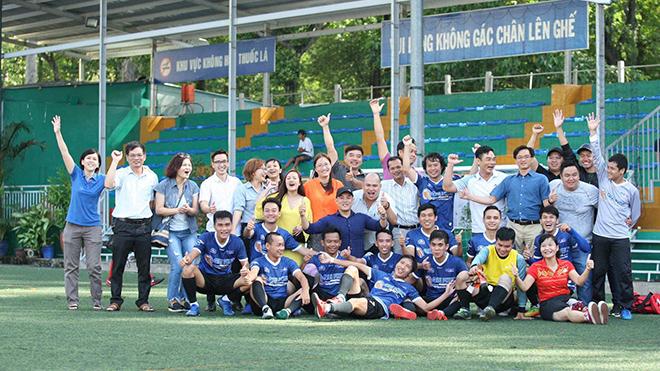 Đội bóng TTXVN sẽ chơi trận chung kết vào 9h00 sáng ngày 4/7 trên sân Tao Đàn. Ảnh: Quang Châu