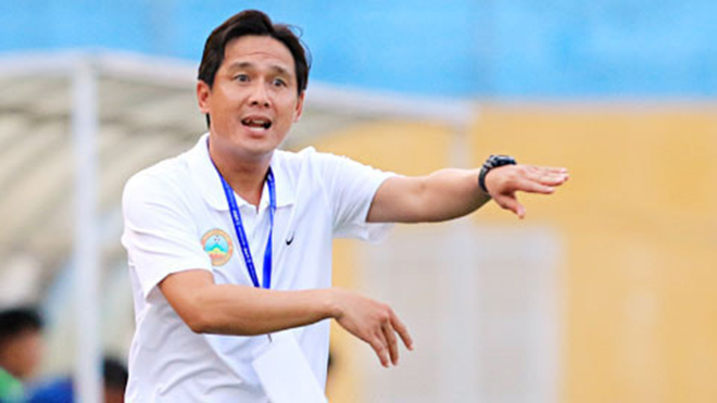 HLV Hữu Thắng mời nhà vô địch AFF Cup làm trợ lý