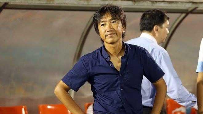 Trước khi có được HLV duy trì được sự ổn định cao như ông Chung Hae Seong, TP.HCM từng rất mệt mỏi với HLV Miura. Ảnh: TM