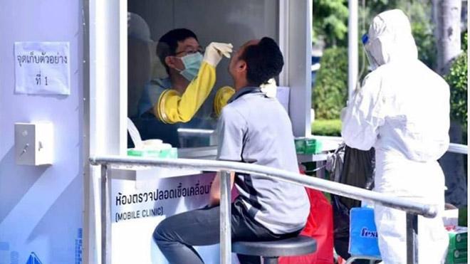 Thái Lan xét nghiệm Covid-19 cho các cầu thủ và sẽ không dừng Thai League nếu có cầu thủ của các CLB nhiễm bệnh