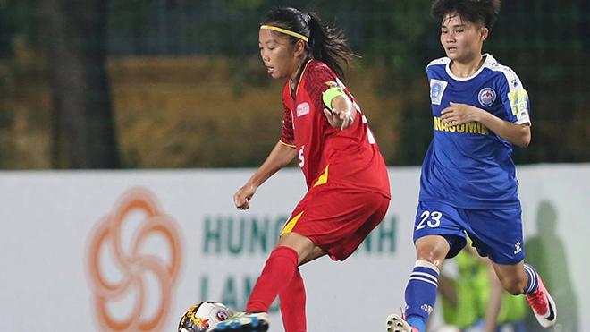 Huỳnh Như cùng đồng đội ở TPHCM 1 vẫn rất mạnh ở giải năm nay. Ảnh: TSB