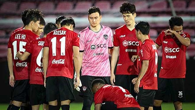 Giải đấu của Văn Lâm bùng nổ sự quan tâm của CĐV trong năm nay. Ảnh: Muangthong United