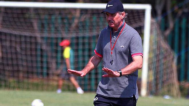 HLV Riedl là người thầy lớn của nhiều thế hệ cầu thủ Việt Nam