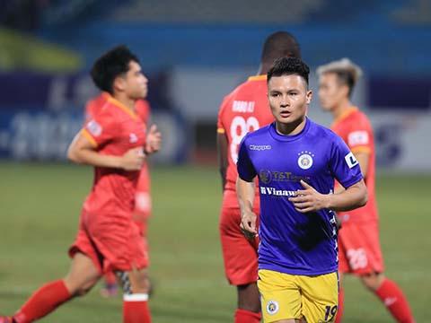 Quang Hải 'làm mờ' 6 bàn thắng của Công Phượng