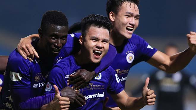 Quang Hải lọt TOP 5 Quả bóng vàng Việt Nam 2020. Ảnh: VPF