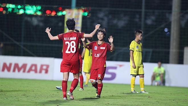 TP.HCM 1 đánh bại Thái Nguyên 4-0 tối 3/10 để vững vàng tuyệt đối trên ngôi đầu bảng với 12 điểm. Ảnh: TSB