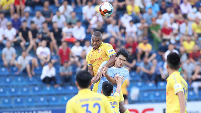 Bầu Hiển sẽ thống trị V-League 2021?