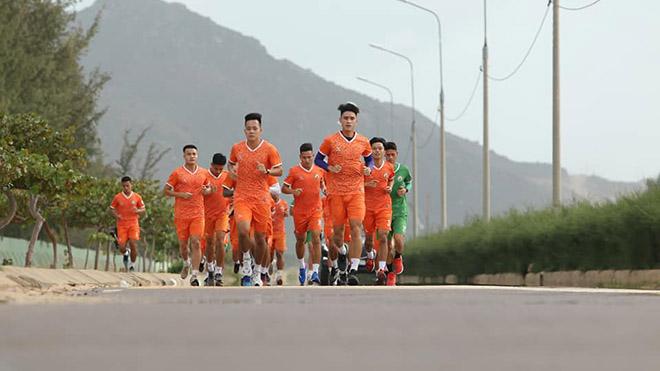 bóng đá Việt Nam, tin tức bóng đá, bong da, tin bong da, HLV Nguyễn Đức Thắng, Bình Định, V League, lịch thi đấu V League 2021, lịch thi đấu hôm nay