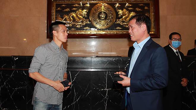 Văn Quyết nhiều khả năng được xướng tên ở Quả bóng vàng Việt Nam lần thứ 25. Ảnh: BSG