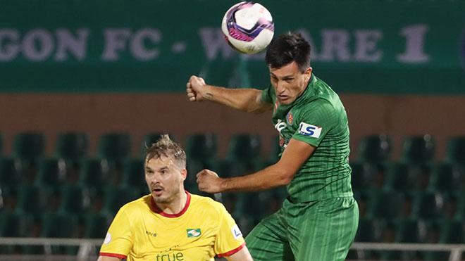 Merlo ghi 2 bàn giúp Sài Gòn FC có trọn 6 điểm trên sân nhà. Ảnh: SGFC