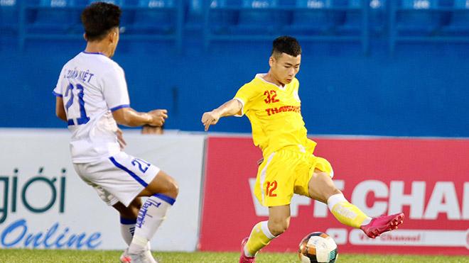 Hà Nội FC lấy lại hình ảnh ứng viên vô địch giải khi dẫn đầu bảng B sau 2 lượt. Ảnh: VPF