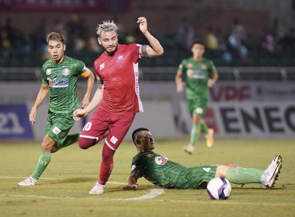 Sài Gòn FC may mắn thoát thua Hải Phòng, một CLB cũng không biết ghi bàn sau 6 trận liên tiếp. Ảnh: VPF