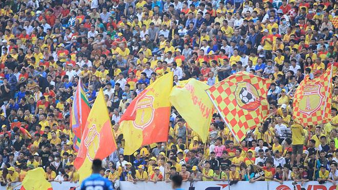 bóng đá Việt Nam, bóng đá hôm nay, bảng xếp hạng V-League 2021, TPHCM, Lee Nguyễn, Lee, Nam Định, lịch thi đấu vòng 11 V-League 2021