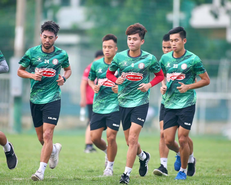 HLV Polking, Lee Nguyễn, vòng 9 V-League 2021, lịch thi đấu vòng 9 V-League 2021, CLB TP.HCM, SLNA, TPHCM, bảng xếp hạng V-League 2021
