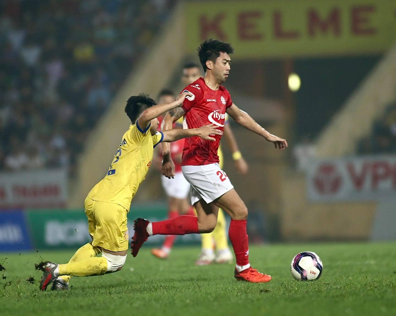 Lee Nguyễn, bóng đá, tin bóng đá, tin tuc bong da, bóng đá Việt Nam, bóng đá hôm nay, TPHCM, Bùi Tiến Dũng, Polking, kết quả vòng 12 V-League 2021, bảng xếp hạng V-League 2021