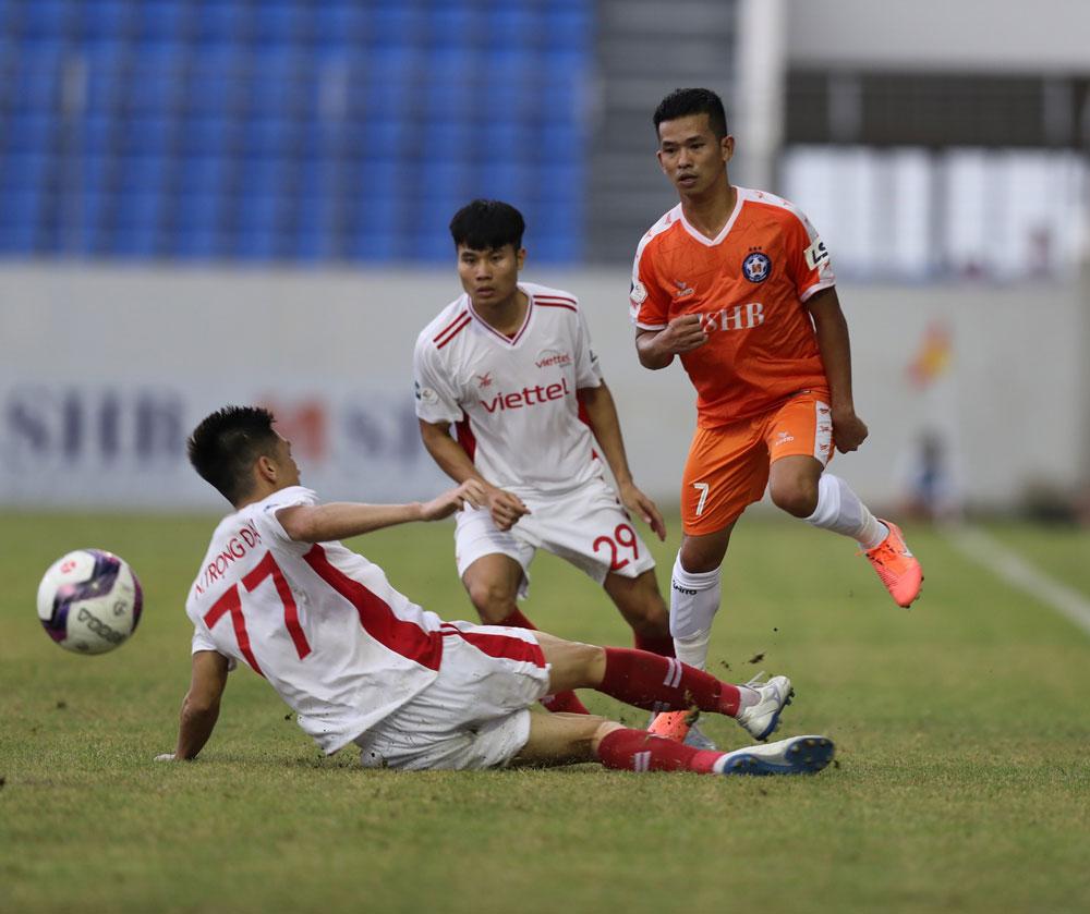bóng đá hôm nay, Kiatisuk, Trương Việt Hoàng, Zico Thái, Kiatisak, bầu Đức, Than Quảng Ninh, vòng 13 V-League 2021, lịch thi đấu vòng 13 V-League