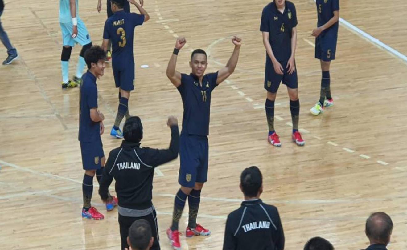 Thái Lan thắng đậm Iraq tới 7-2 ở trận play-off 1 và gần như chắc chắn tới World Cup năm nay. Ảnh: DL