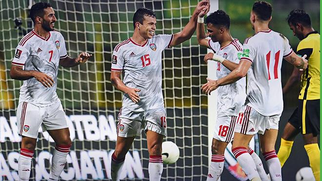 Ali Mabkhout (phải) và Fabio Lima (số 15) là những tiền đạo đẳng cấp bậc nhất châu Á mà Việt Nam phải rất dè chừng. Ảnh: AFC