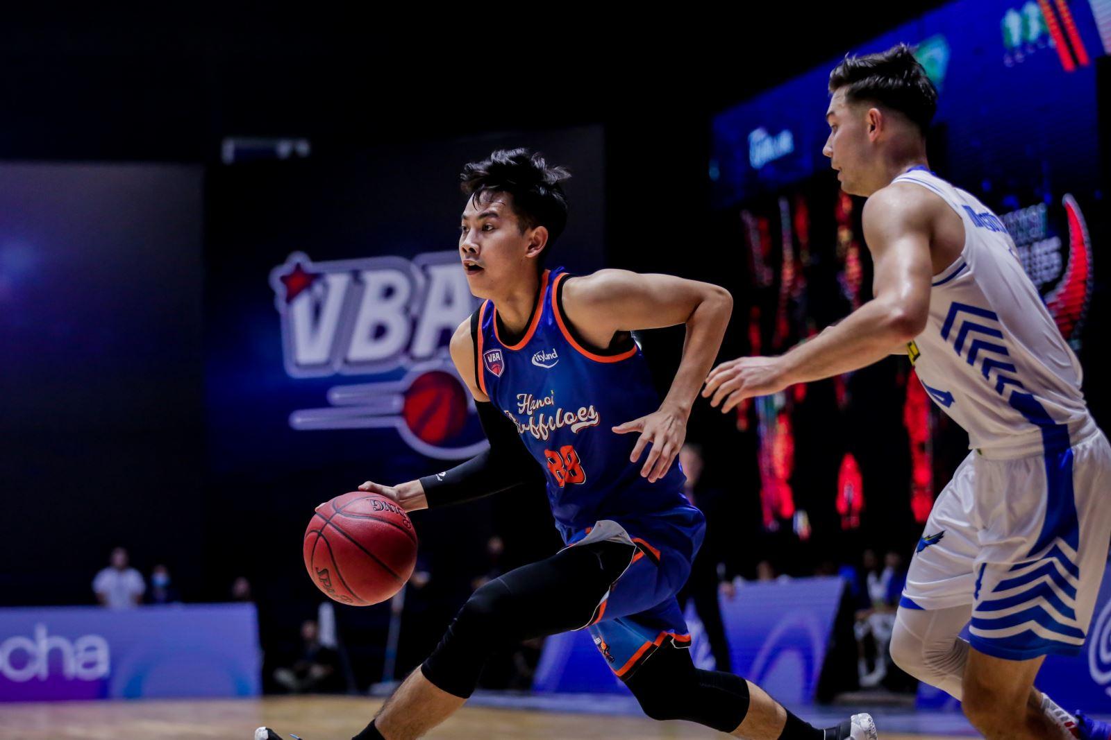 bóng rổ, thể thao Việt Nam, bóng rổ Việt Nam, VBA, giải bóng rổ chuyên nghiệp Việt Nam 2021, Cantho Catfish, Hanoi Buffaloes, Ho Chi Minh City Wings, Kevin Yurkus