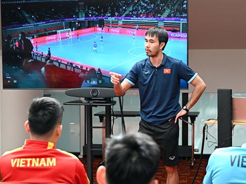 HLV Phạm Minh Giang và trái ngọt với futsal Việt Nam