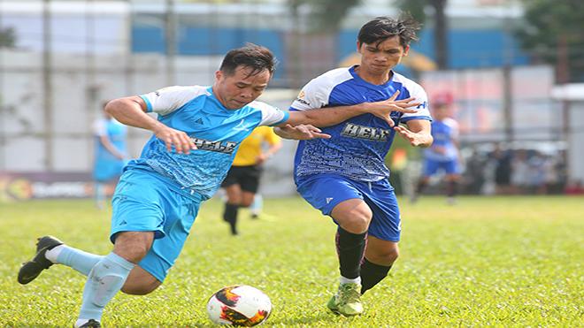 Trận đấu giữa hai đội đầu bảng FC Tân Phú và Đạt Tín Minions khép lại với tỷ số hòa 1-1 khiến cục diện ngôi đầu rất căng thẳng. Ảnh: TH