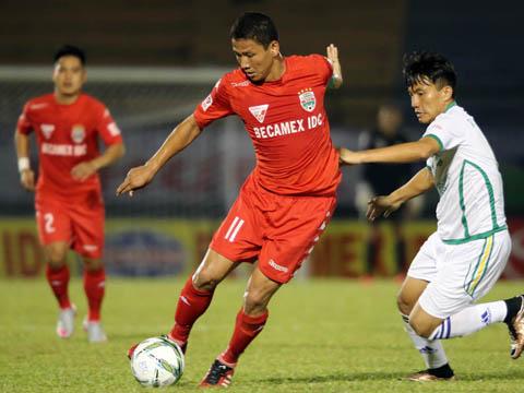 Sau 15 năm V-League mới được chứng kiến một Vua phá lưới nội có tên Nguyễn Anh Đức. Ảnh: Quang Liêm