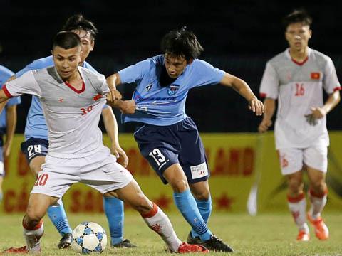 U21 Việt Nam khiến ĐKVĐ U21 Yokohama rất vất vả mới cầm chân 2-2. Ảnh: Anh Lập