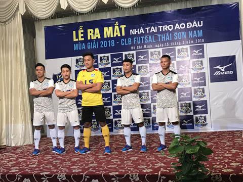 CLB Thái Sơn Nam sẽ mặc trang phục này trong mùa giải 2018. Ảnh: BM