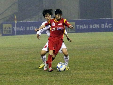 Thùy Trang và các đồng đội TP.HCM 1 đã có chiến thắng 3 sao trước Sơn La làm quà tặng HLV Kim Chi. Ảnh: Duy Anh