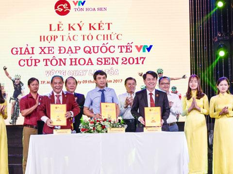 Buổi lễ công bố giải đấu ngày 9/8 tại TP.HCM. Ảnh: Quang Liêm