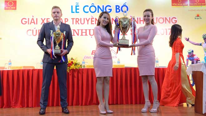 Gần 400 triệu đồng cho giải xe đạp BTV – Cúp Ống nhựa Hoa sen 2017