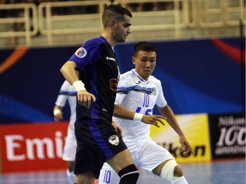 Minh Trí (trắng) lại tỏa sáng giúp Thái Sơn Nam vào bán kết giải CLB hàng đầu châu lục. Ảnh: Lê Linh