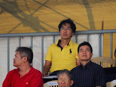 HLV Miura chính thức nhận lời mời của học trò cũ Công Vinh để về TP.HCM. Ảnh: Văn Lộc
