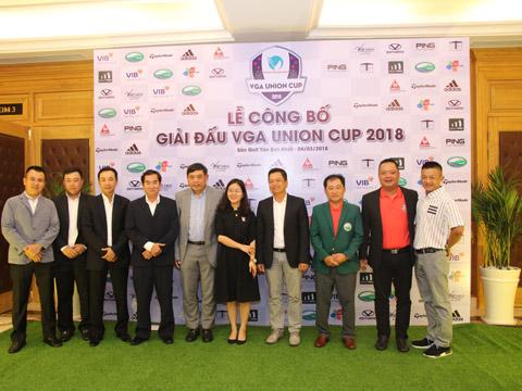 Làng golf Việt đầu năm sẽ sôi động với màn so tài đỉnh cao giữa 2 đội tuyển miền Nam và miền Bắc. Ảnh: BM