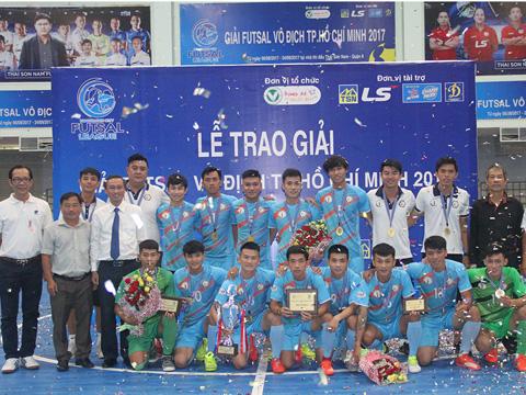 Hải Phương Nam Phú Nhuận vô địch giải futsal TP.HCM 2017. Ảnh: Q.L