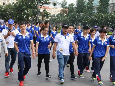Lực sĩ Thạch Kim Tuấn - niềm hy vọng vàng của thể thao Việt Nam tại SEA Games 29 tham dự sự kiện. Ảnh: Nam Trung