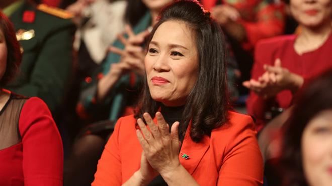 Nhà báo Tạ Bích Loan thay nhà báo Lại Văn Sâm tại VTV3
