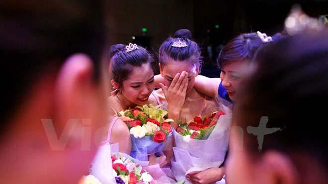 Ngắm vẻ đẹp nữ sinh trường múa trong màn diễn tốt nghiệp
