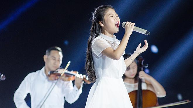 Xem 'Giọng hát Việt nhí' tập 13: Hit 'Em gái mưa' phiên bản tình mẹ con lên sóng