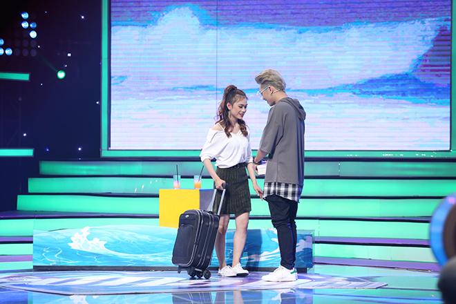 'Vì yêu mà đến' tập 24: Tỏ tình với Bảo Kun bất thành, 'bản sao Hà Hồ' một mình kéo vali ra về