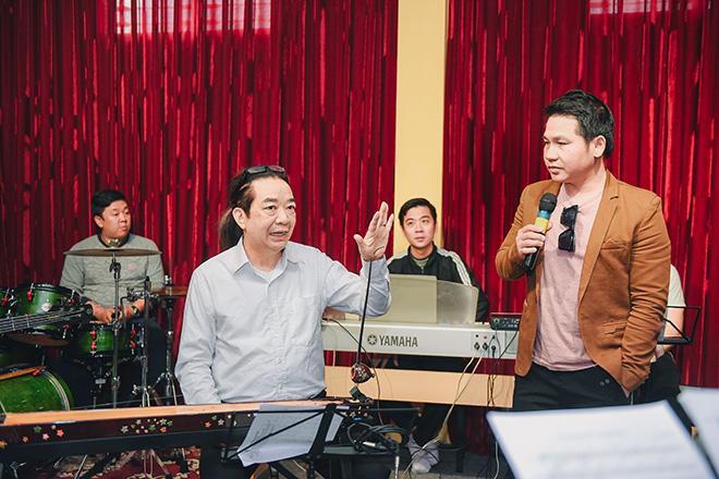 Trọng Tấn cùng nghệ sĩ Phạm Đức Thành tập trung cao độ cho show 'Độc huyền cầm'