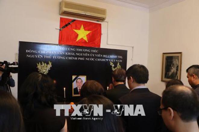 Lễ viếng nguyên Thủ tướng Phan Văn Khải ở khắp nơi trên thế giới