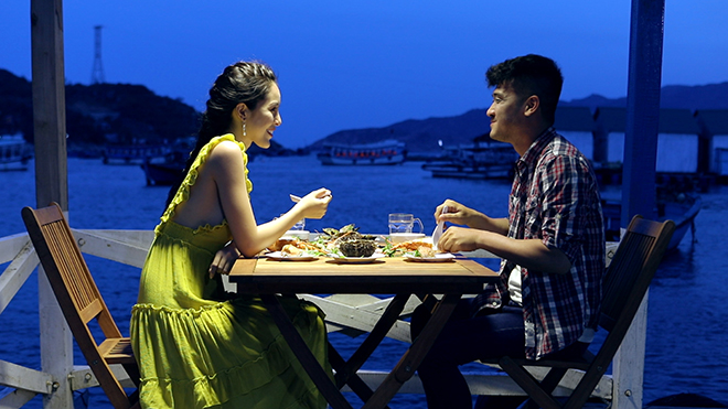 Nữ hoàng trang sức Mỹ Duyên kể chuyện tình yêu đẫm lệ trong phim 'Hẹn biển'