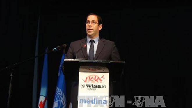 Thủ tướng Tunisia sa thải Bộ trưởng Nội vụ sau vụ đắm tàu chở người di cư