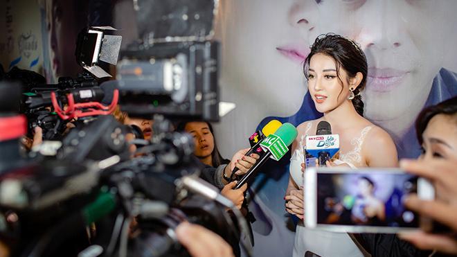 Bất ngờ lấn sân phim ảnh, Á hậu Huyền My được truyền thông Myanmar săn đón