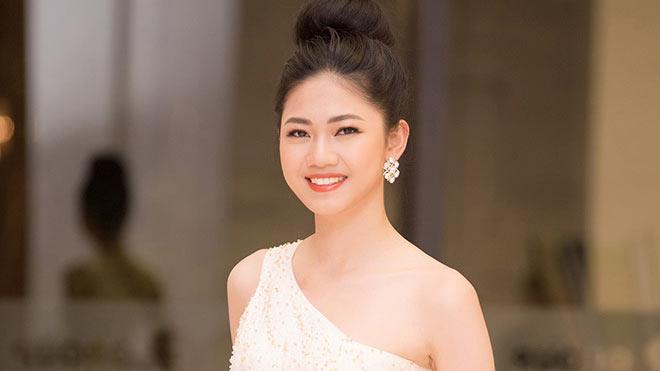 Á hậu Thanh Tú phủ nhận 'tin đồn' thi Hoa hậu Quốc tế 2018
