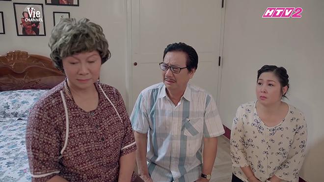 VIDEO 'Gạo nếp gạo tẻ' tập 79: Xót xa cảnh bà Mai ông Vương quỳ gối xin mẹ bán nhà để cứu Hân