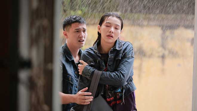 VIDEO Trailer 'Chạy trốn thanh xuân': Hé lộ chuyện phim ngọt ngào nhưng cũng đầy bão tố