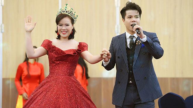 Hé lộ những điều ít người biết về Mrs Vietnam 2018 Trần Hiền
